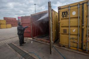UWT te Born - EHBO voor containers