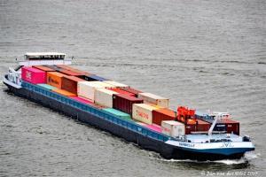 BTB - Limburg Express van start; nieuwe binnenvaartverbinding tussen Rotterdam en Limburg