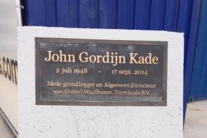 UWT - John Gordijn Kade - bord geplaatst